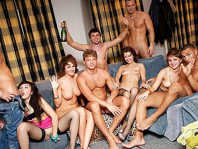Rock hard college girl assfuck hook-up at B-day penetrate soiree